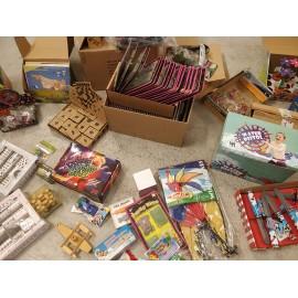 Julepakke med 10 stykker legetøj
